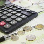 Korelacja między płacą a wydajnością pracy
